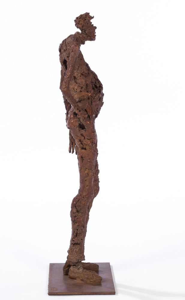 Pull troué - H. 33 cm